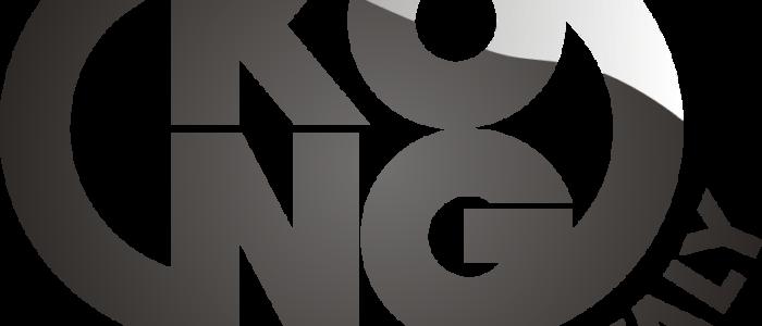 Logotyp włoskiego prducenta sprzętu do prac na wysokości oraz wspinaczy. Logo składa się z dwóch rzędów liter. Górny wiersz skladajacy się z liter KO i dolny, króry posiada litery NG. Litery po prawej stronie K i N połaczone są łukiem, tak samo jak litery po lewej stronie O i G. Taki układ powoduje, że logotyp jest owalem. W prawym dolnym rogu wzdłuż łuku łączacego G i O widenije napis Italy.