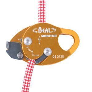przyrząd autoasekuracyjny Monitor Beala zainstalowany na linie
